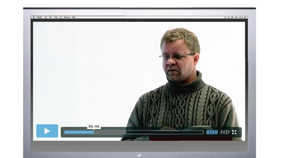 rektor Roald Kvam underviser